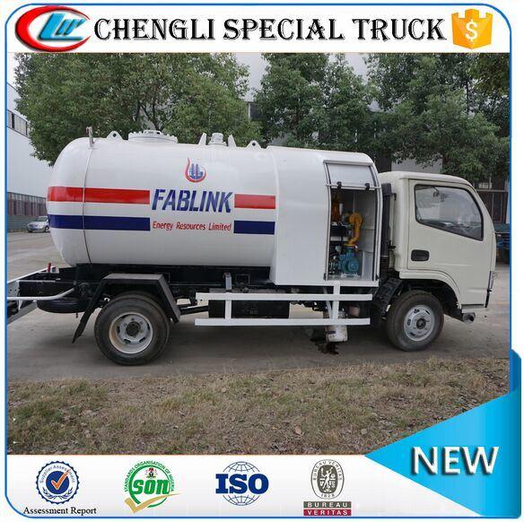 off-Road Right Hand Drive LPG Dispenser Refuelling Tanker Truck