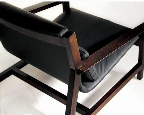 Wooden Frame Leisure Chair with Anline Leather Seater (LC-M828A)