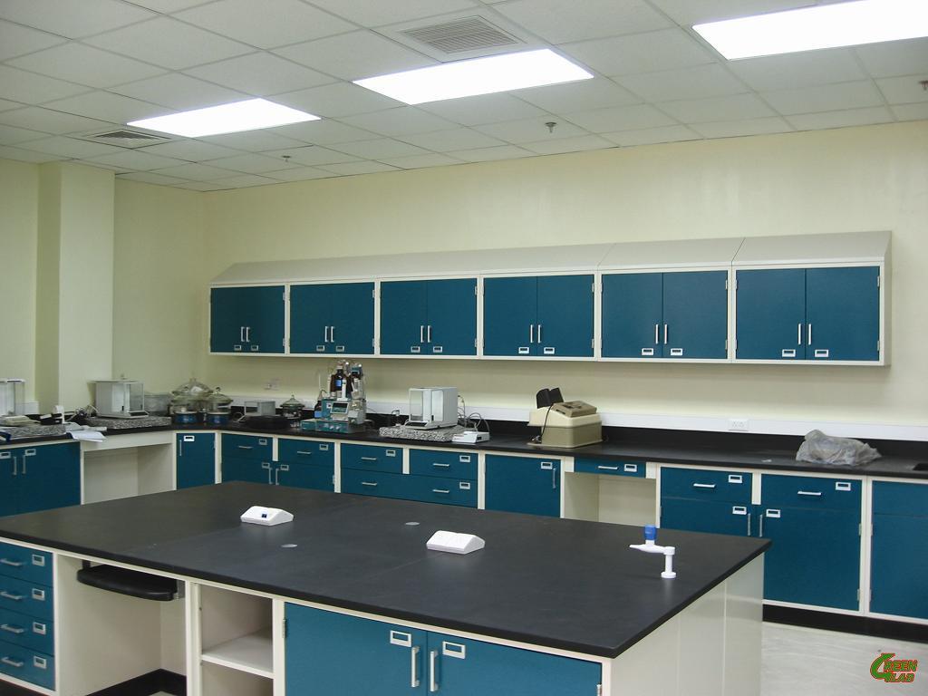 Students-Lab-Furniture.jpg