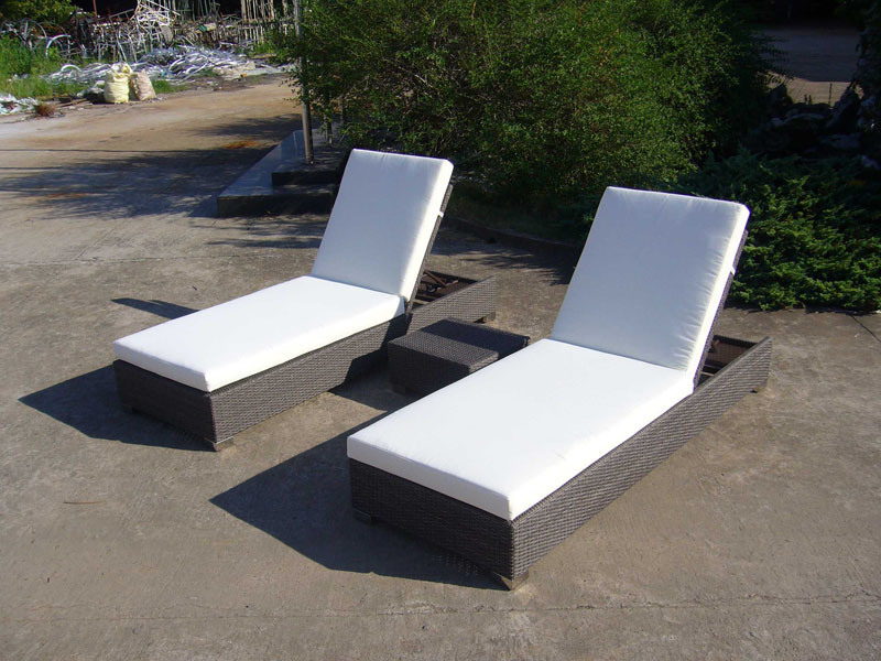 Rattan/Wicker Sun Lounge Outdoor Furniture Beach Chair (FS-3030+ FS-3031)