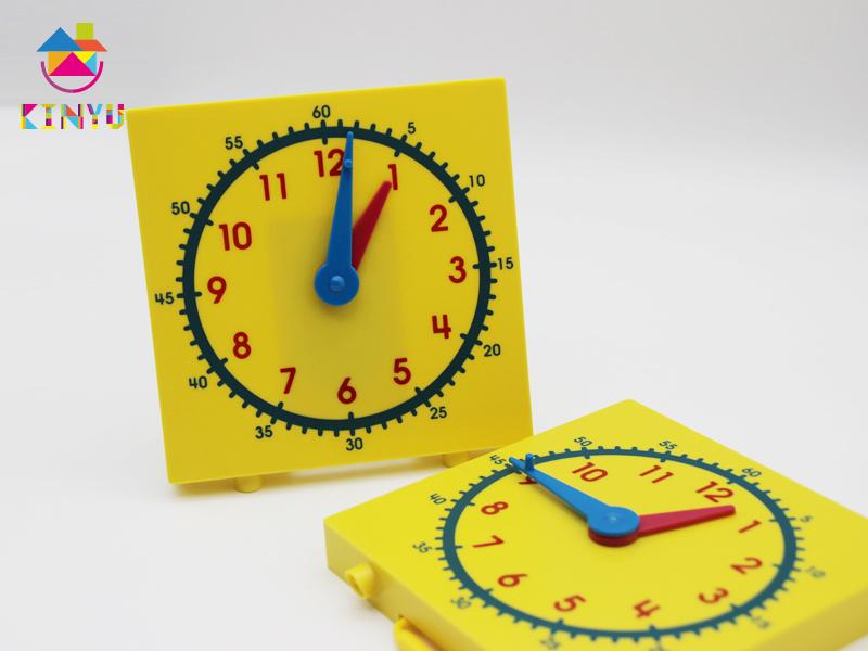 Hotsale Classroom Supplies / Plastic Clock