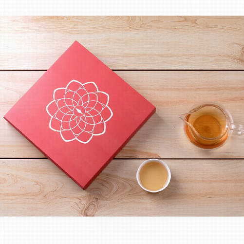 Ten Years Old Organic Raw Puer Tea From Yunnan