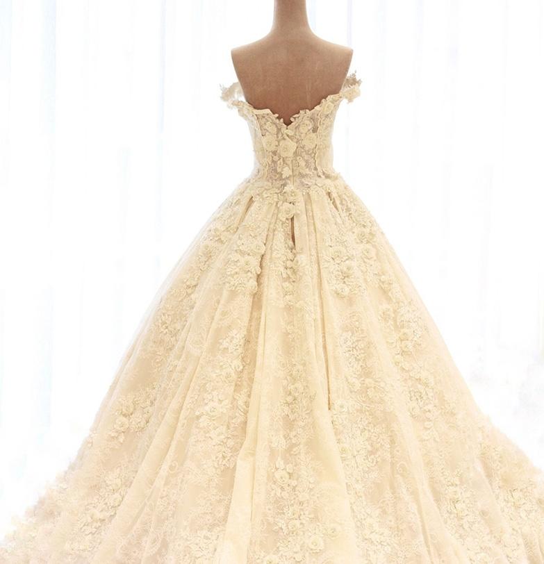 Cap Sleeves Bridal Gowns Ruffles Lace 3D Flowers Wedding Dress 2018 W17811