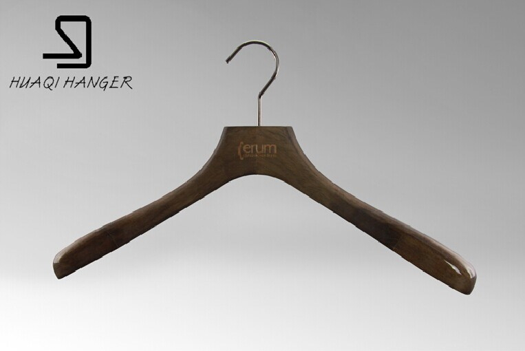 Special Cheap Wooden Clothes Hangers