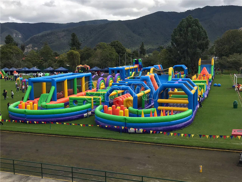 Largest Inflatable Obstacle Course for Adults Chob537
