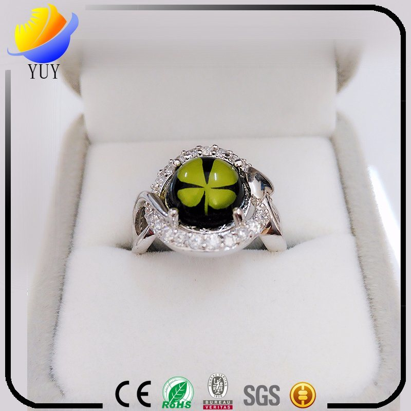 Flower Shape Rhodium Plated Epoxy Resin CZ Jewelry
