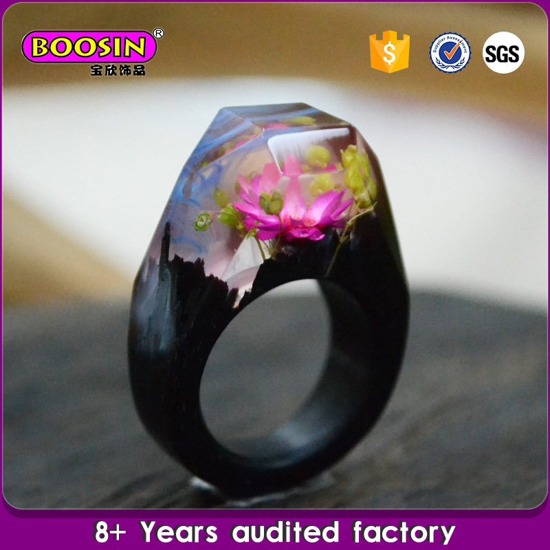 Unique Ebony Real Flower Landscape Wood Resin Ring