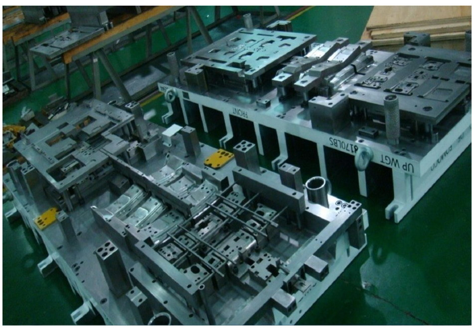 Precision Metal Stamping Die for Auto Parts