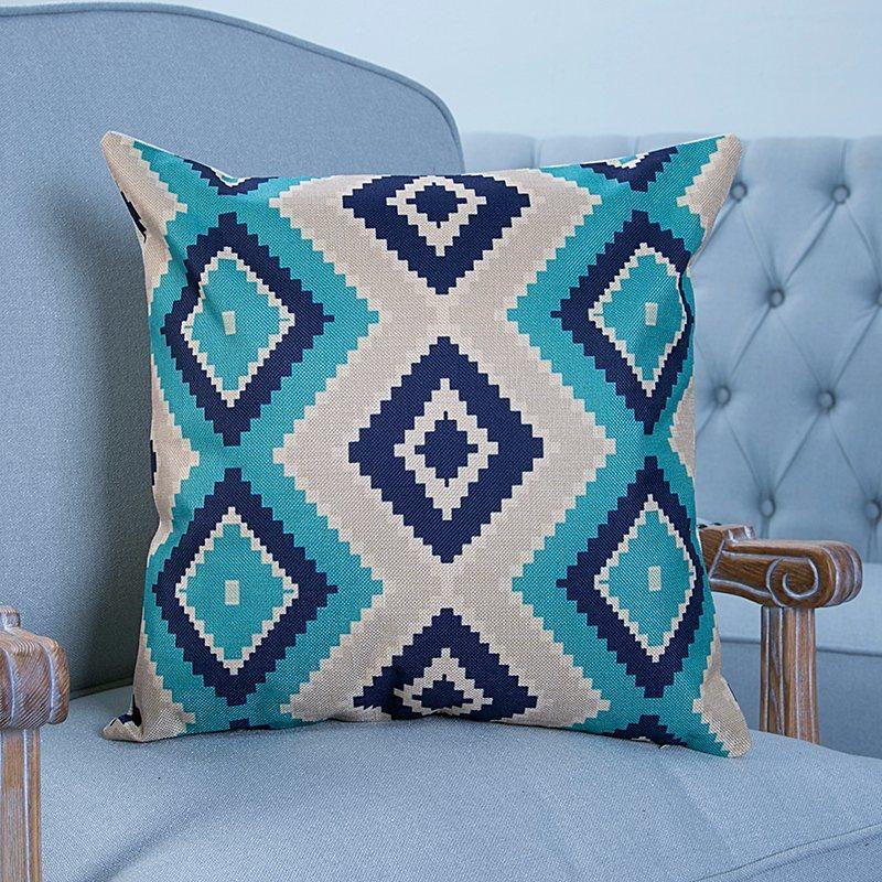 Digital Print Decorative Cushion/Pillow with Ikat Geometric Pattern (MX-22)