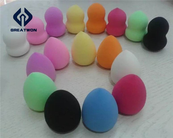 Beautiful Water Droplets Non-Latex Makeup Sponge/Powder Puff