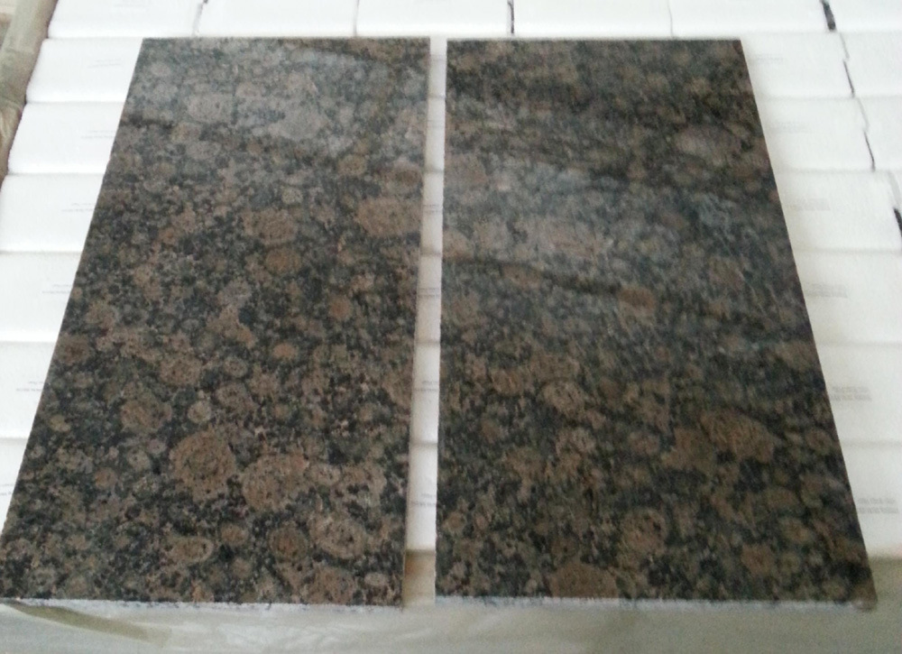 Popular Polished Baltic Brown Granite Tile/Slab with Top Quality