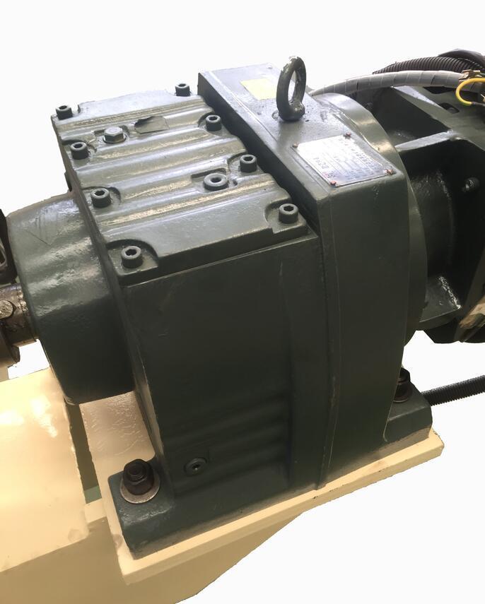 Servo Type & Heavy Duty 4ft Veneer Peeling Lathe