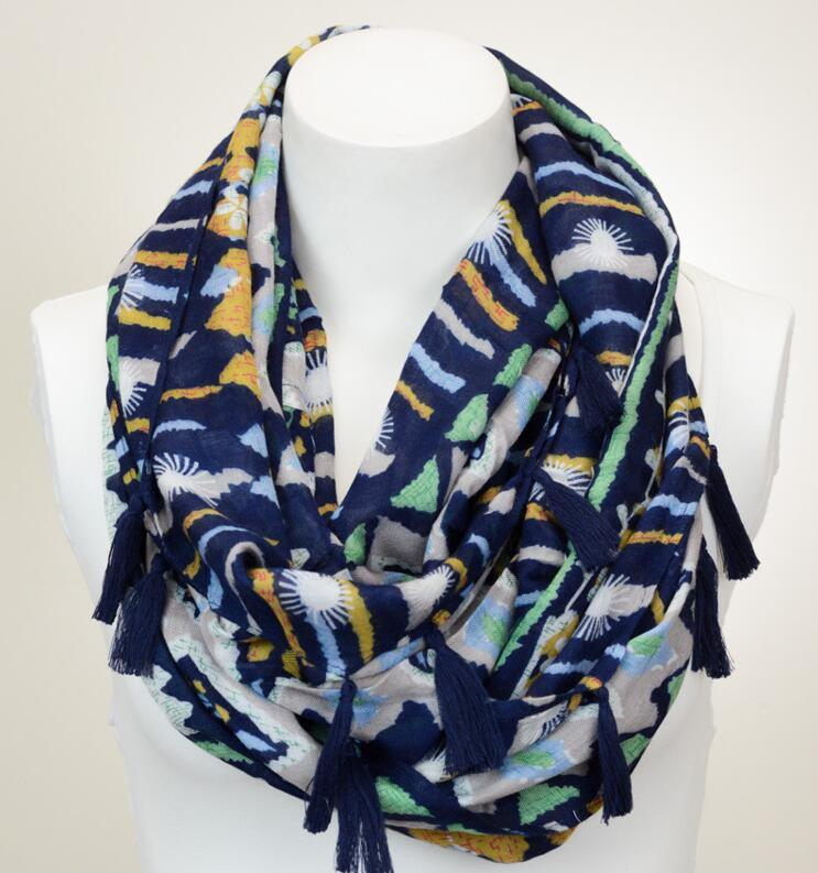 Printed Infinity Scarf Women′s Scarves & Wraps