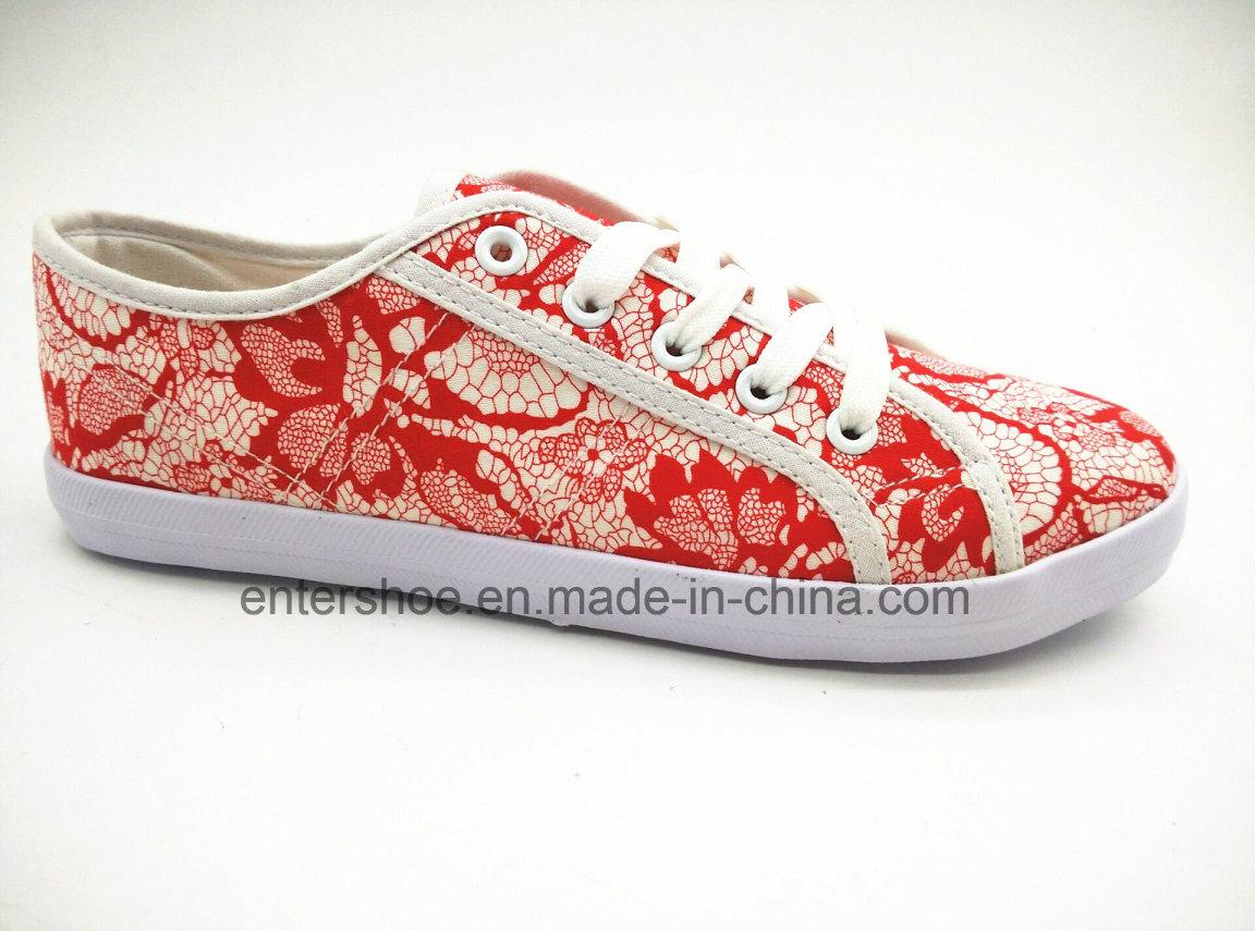 Red Color Low Cut Women′s Canvas Footwear for Autumn (ET-LH160164W)