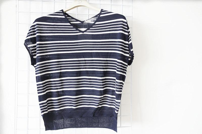Fashioned Short T Shirt for Women