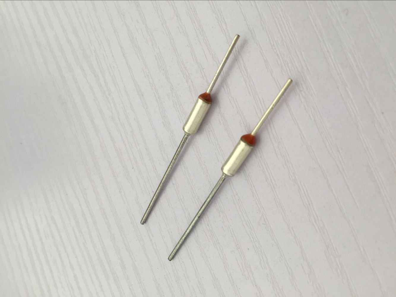 Non-Resetable Thermal Fuse for Home Applications