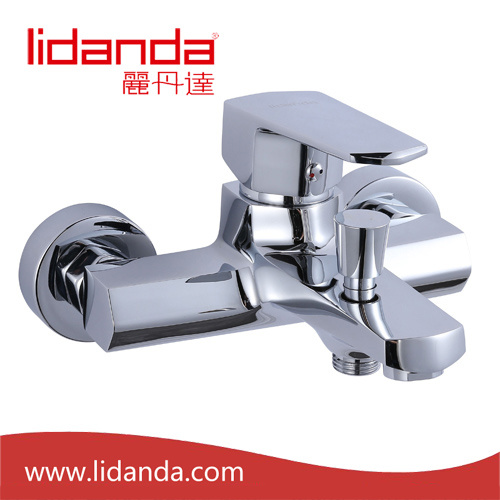 Contemporary Bathtub Faucet with Chrome Finish