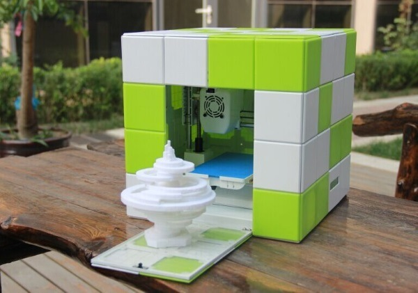 Magicube 3D Printing Machine with PLA Filament and Modelling Software