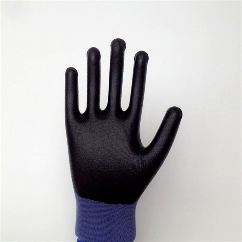 Nylon Gloves with Water Based PU Coating