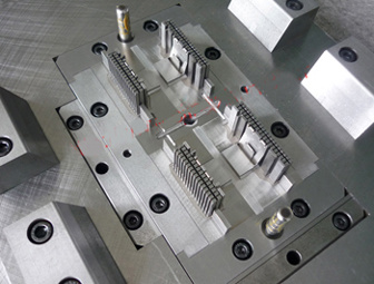 Precision Plastic Connector Mould with Injection Molding