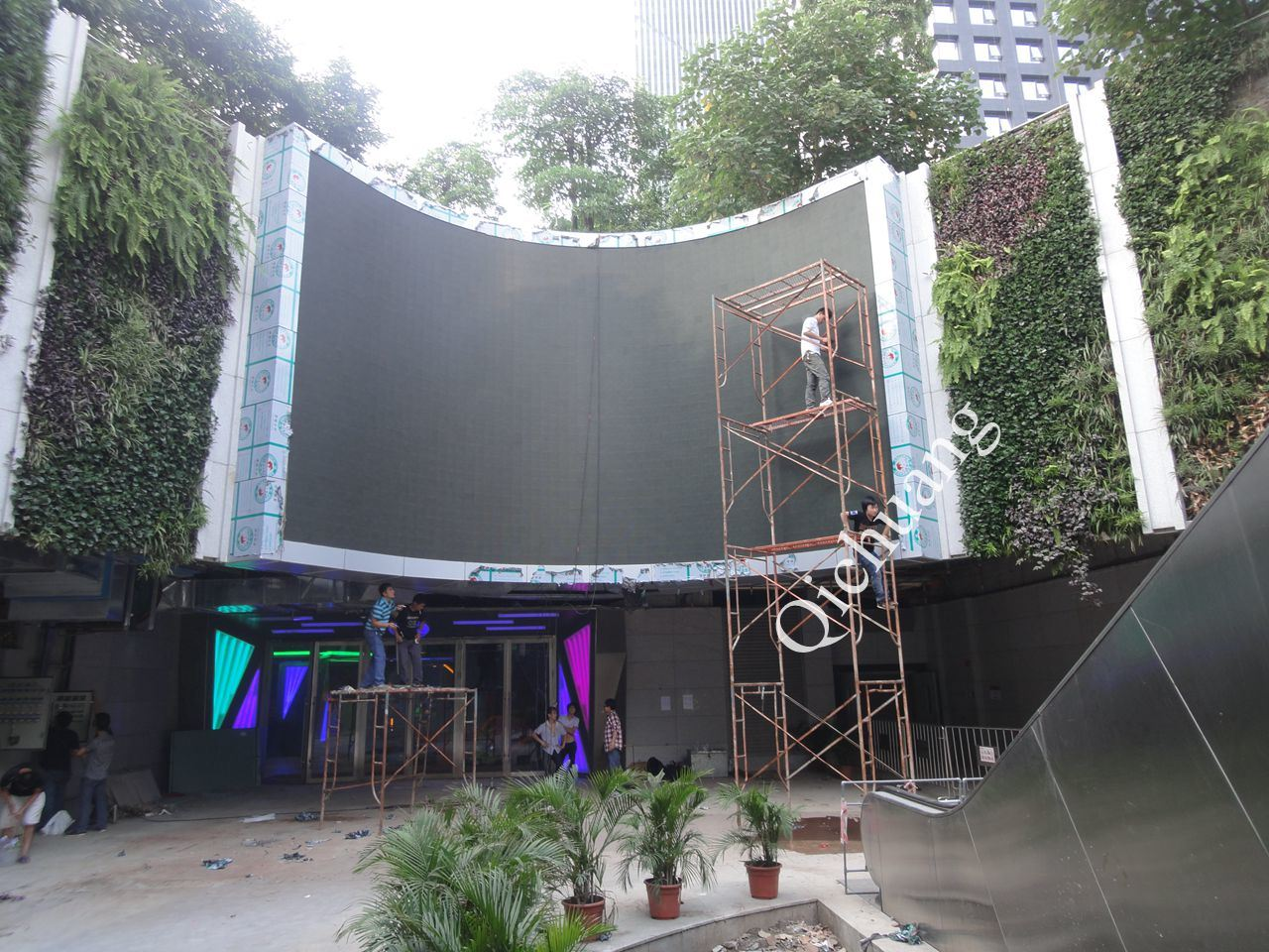 P10 Full Color Outdoor LED Display