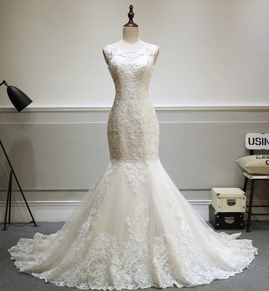 High Quality Fit & Flow Wedding Gown Bride Dress