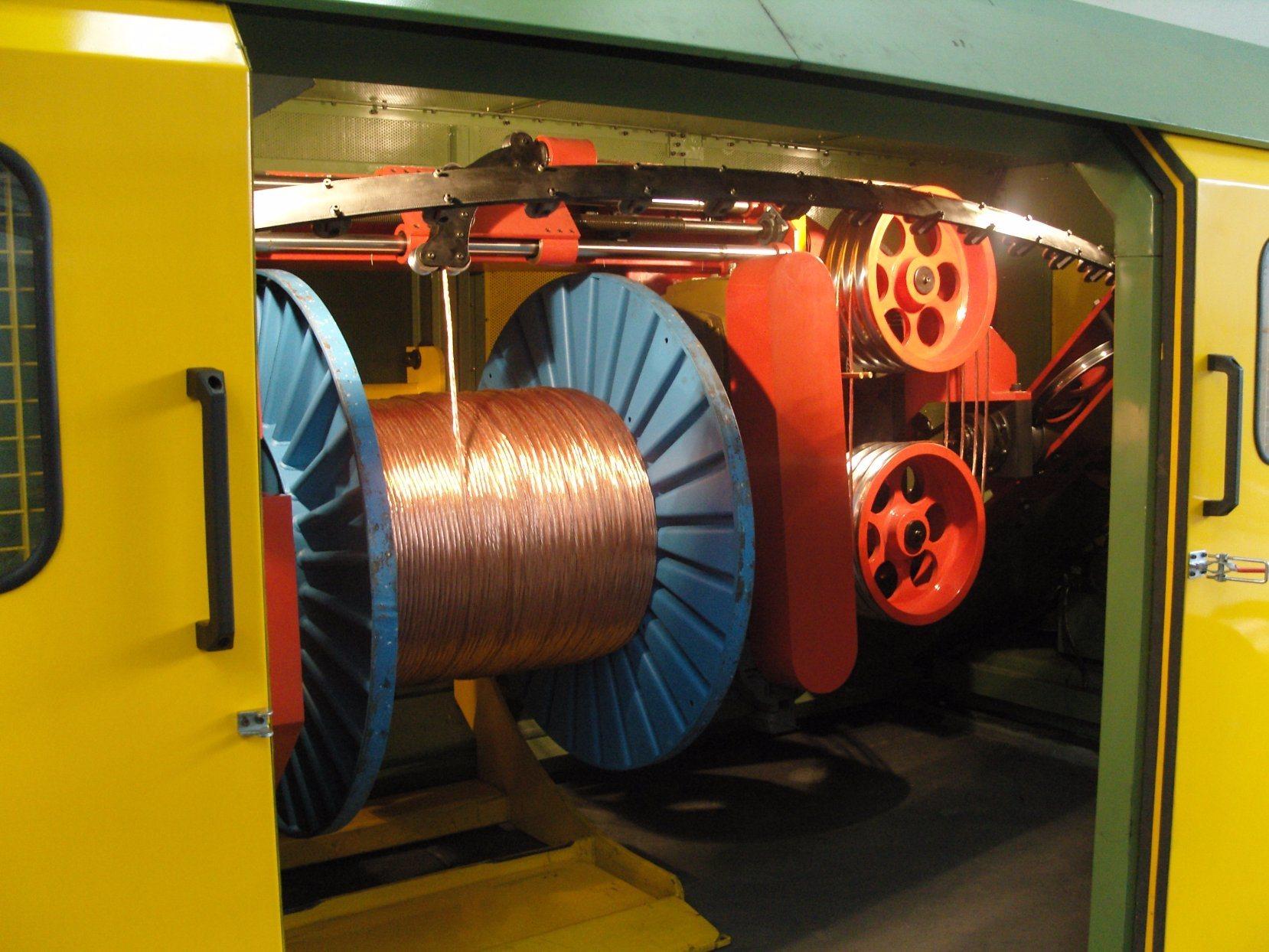 Double Twist Wire Stranding Machine