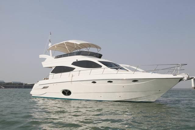 55ft Flybridge Motor Yacht
