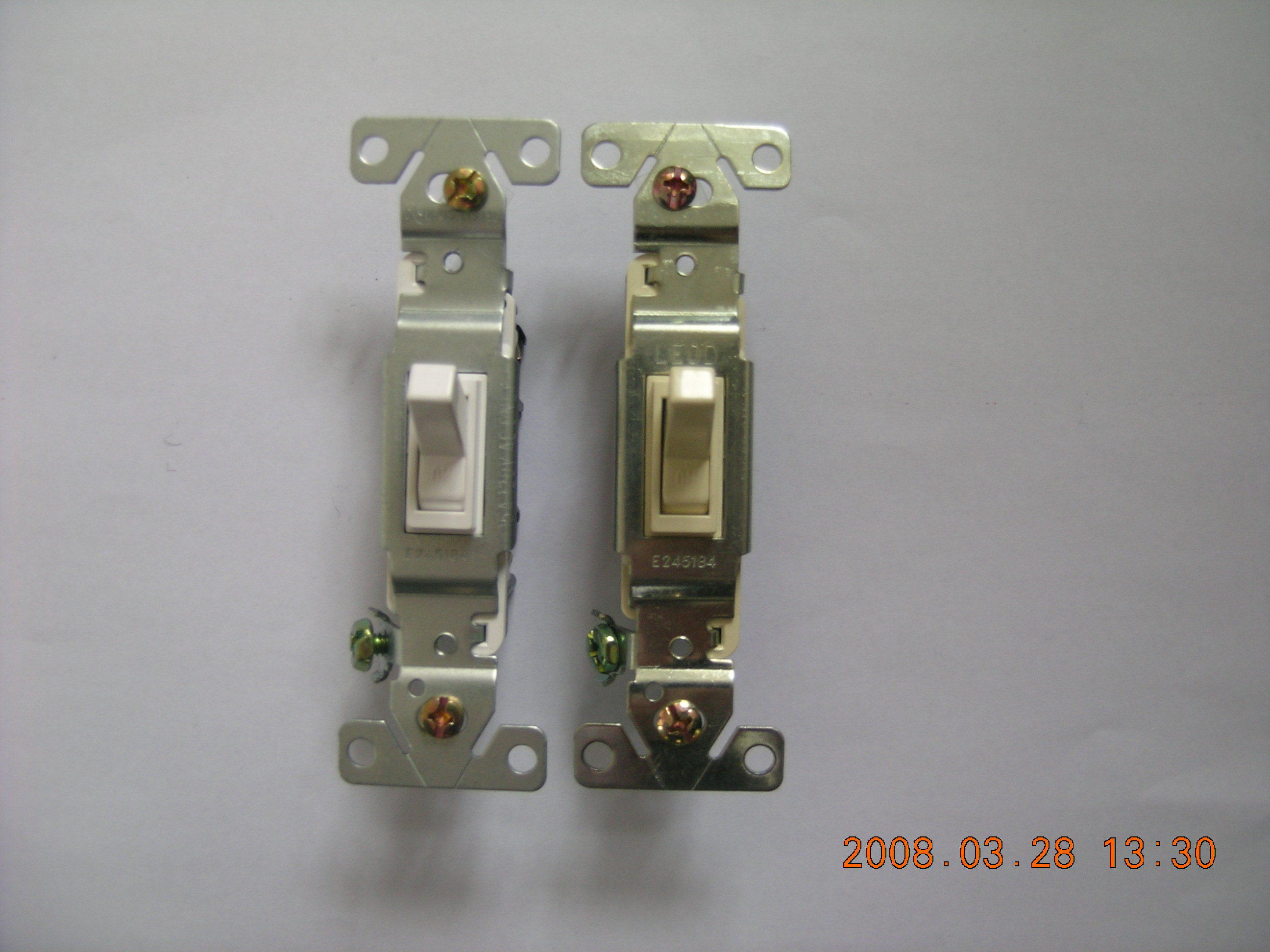 Factory Make American Type UL/cUL Wall Switch with Plate