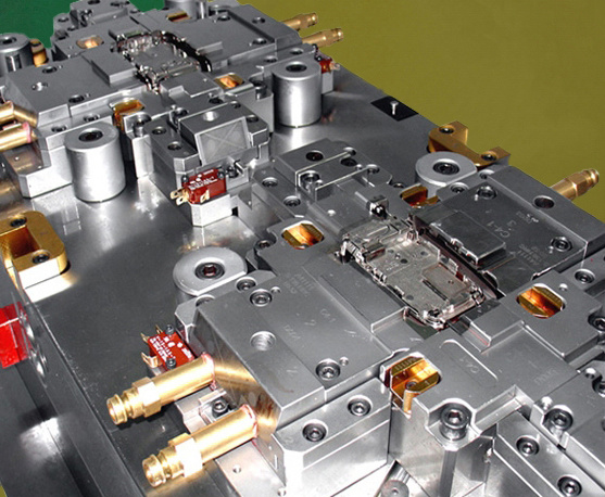 Precision Automotive Plastic Injection Mould for Auto Parts