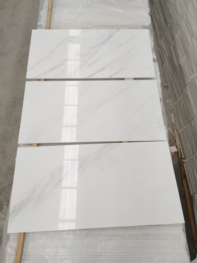 Natural Stone Customized Size Eastern White Marble Slab/Tile for Floor, Kitchen, Countertop