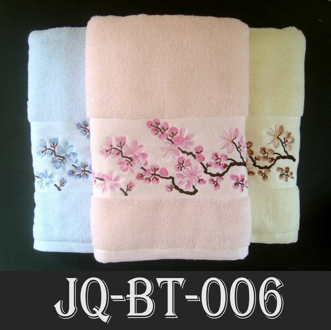 How to embroidery on towels free embroidery patterns for Bathroom embroidery designs