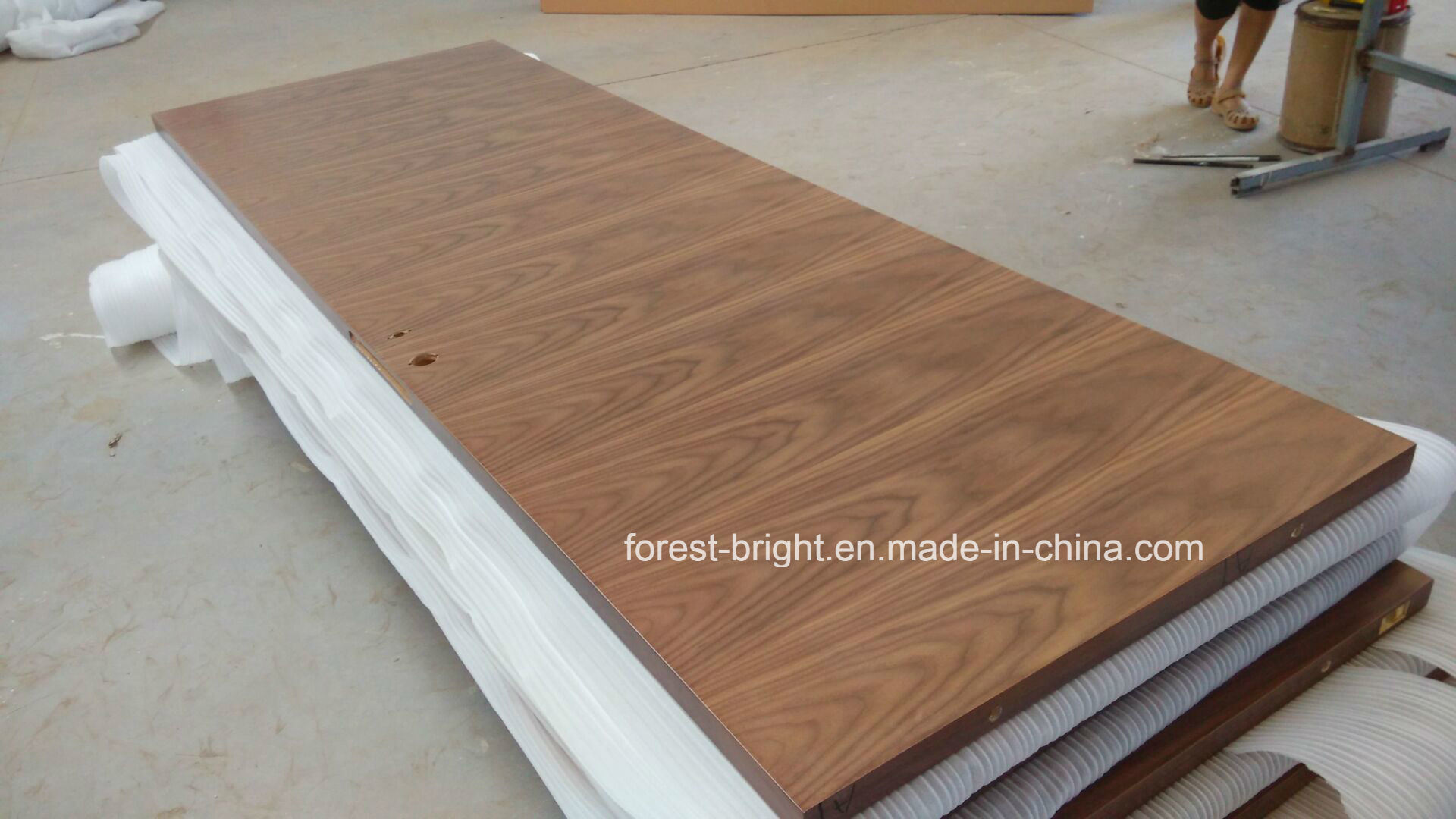 Black Walnut Veneered Flush Wood Door