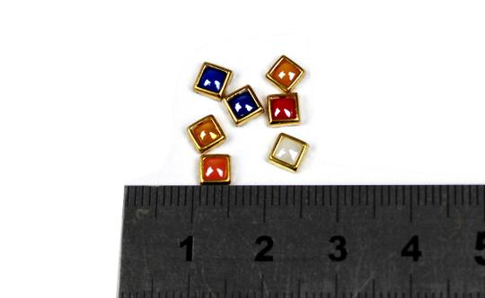Nail Art, Nail Beauty, Nail Accessories, Nail Art Rhinestone, Gold-Lined Square Rhinestones
