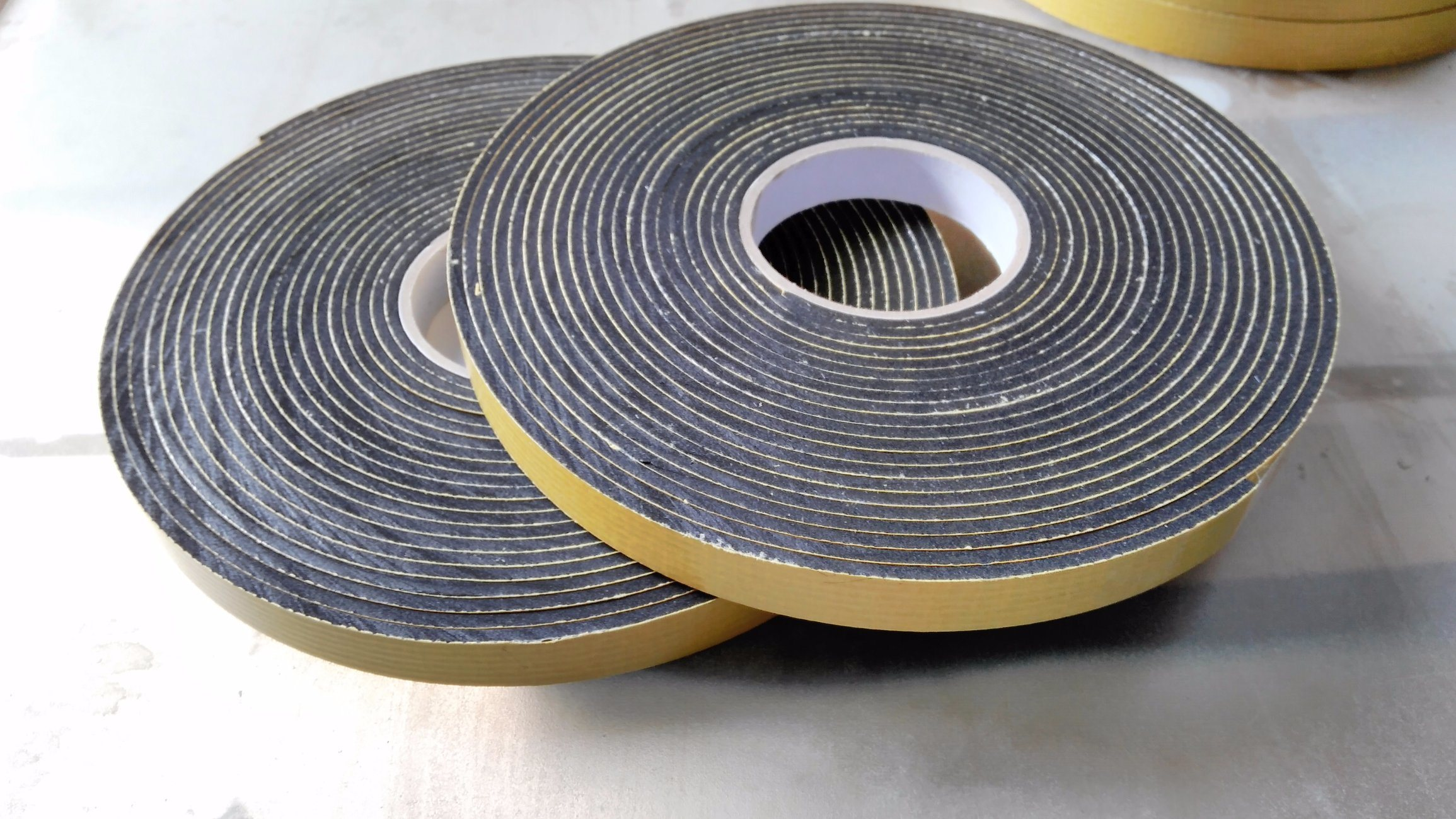 Strong Fiber Grid Strenthing Glue EPDM Foam Adhesive Tape
