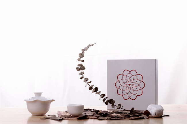 China Diancai Whisper of Pu′erh Tea