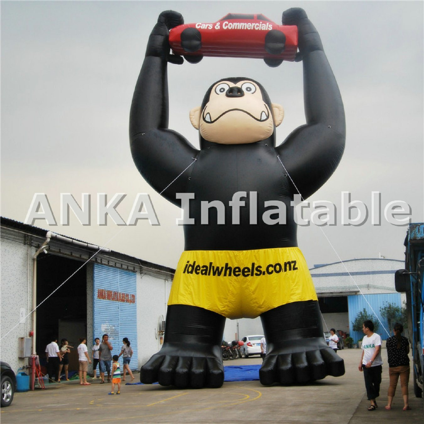 Attractive Inflatable Blue Cartoon of Entertainmet