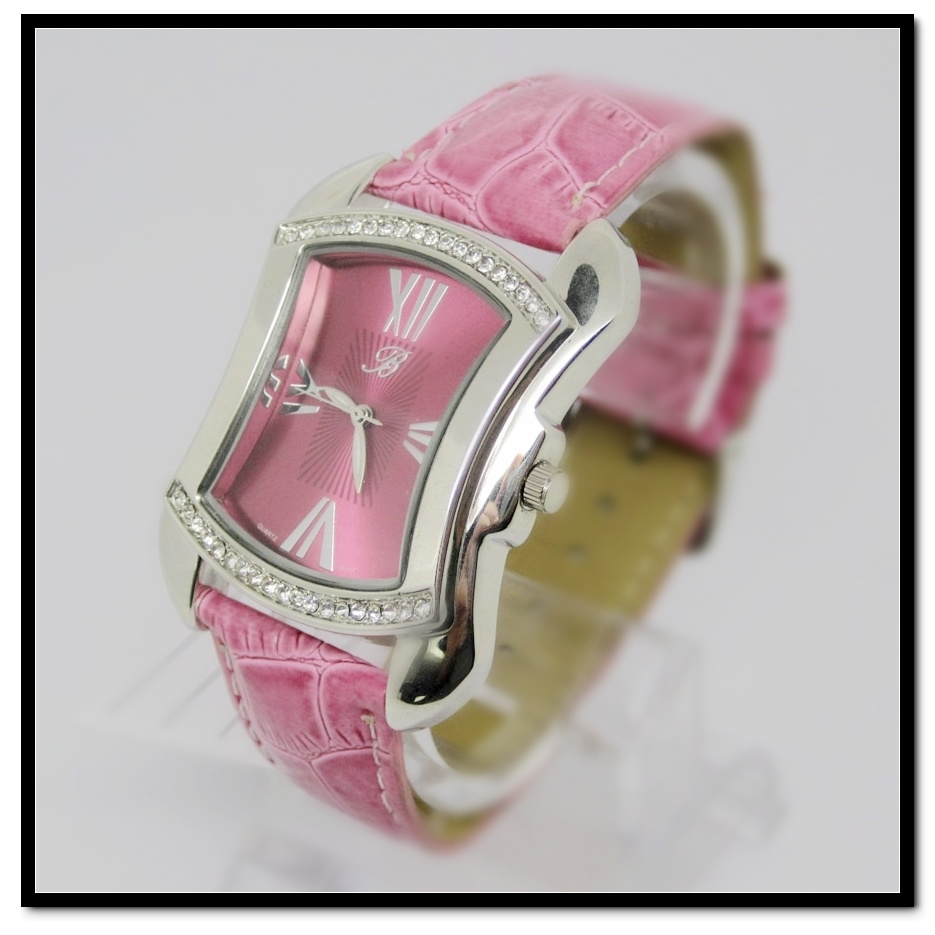 Hanglee-1526 Ladies Crystal Sport Watch