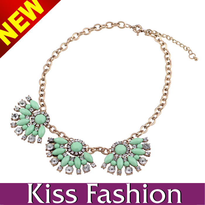 2014 Low MOQ New Arrival Chain Acrylic Statement Necklace Fashion Jewelry (EN0025B)