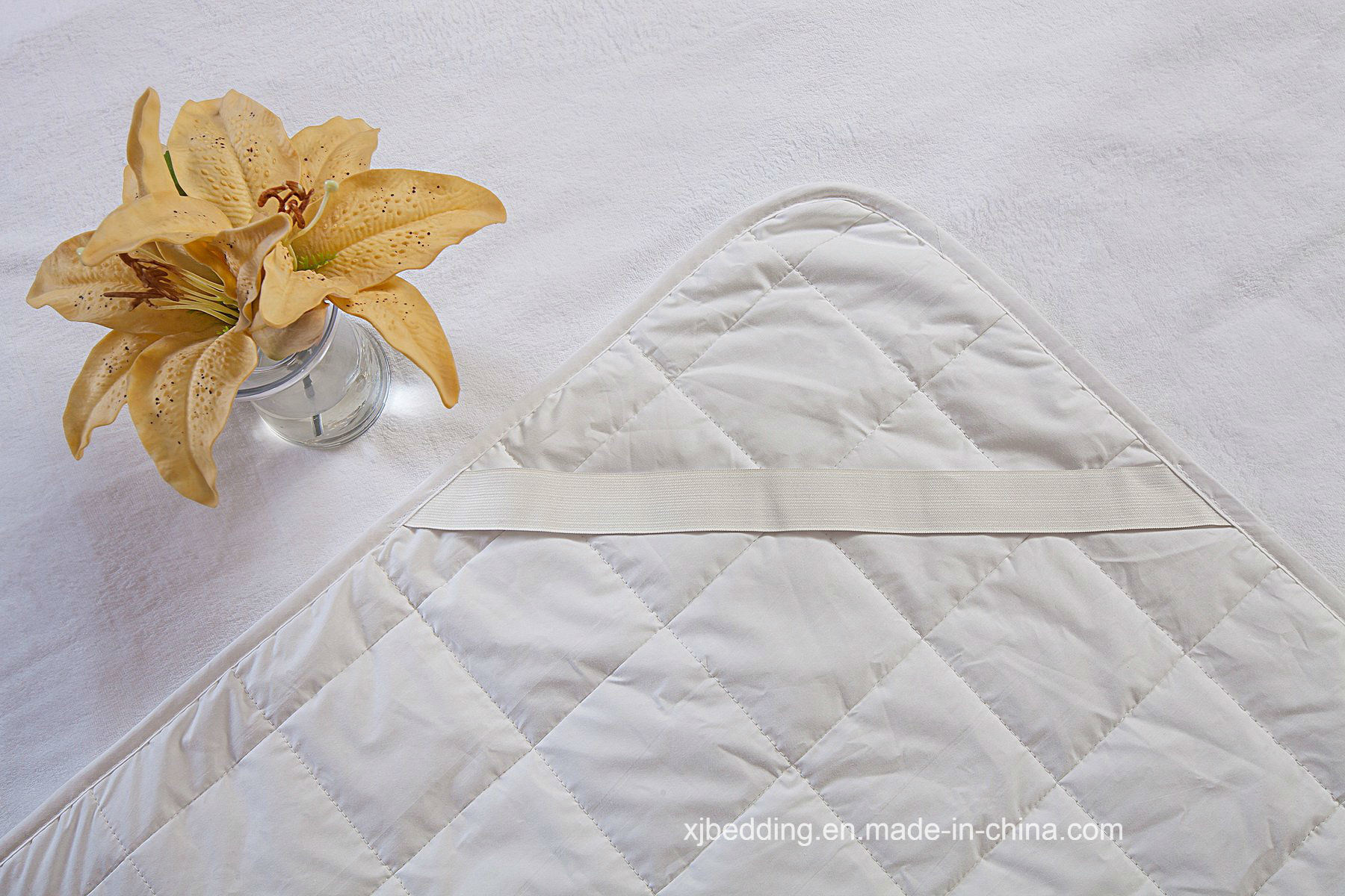 Cotton Coral Reversible Bed Protector Waterproof Mattress Cover