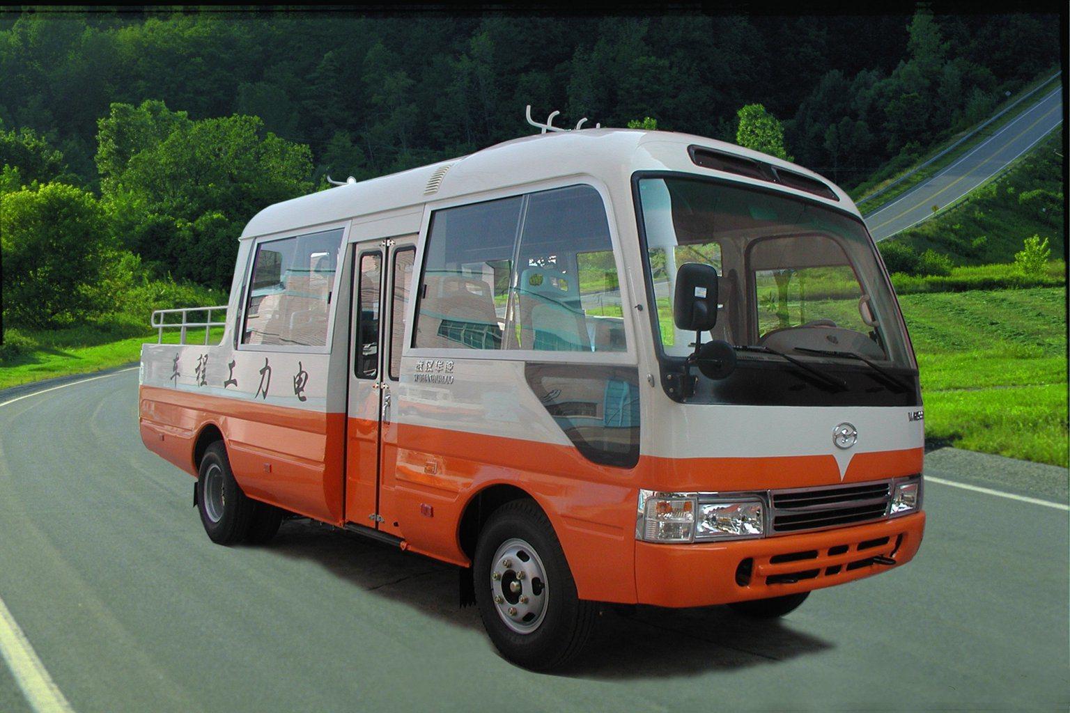Huazhong 7 Meter Engineering Vehicle