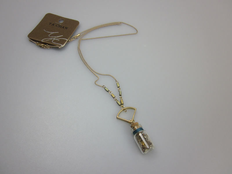 Fashion Accessory Jewelry with Glass Bottle Necklace for Women