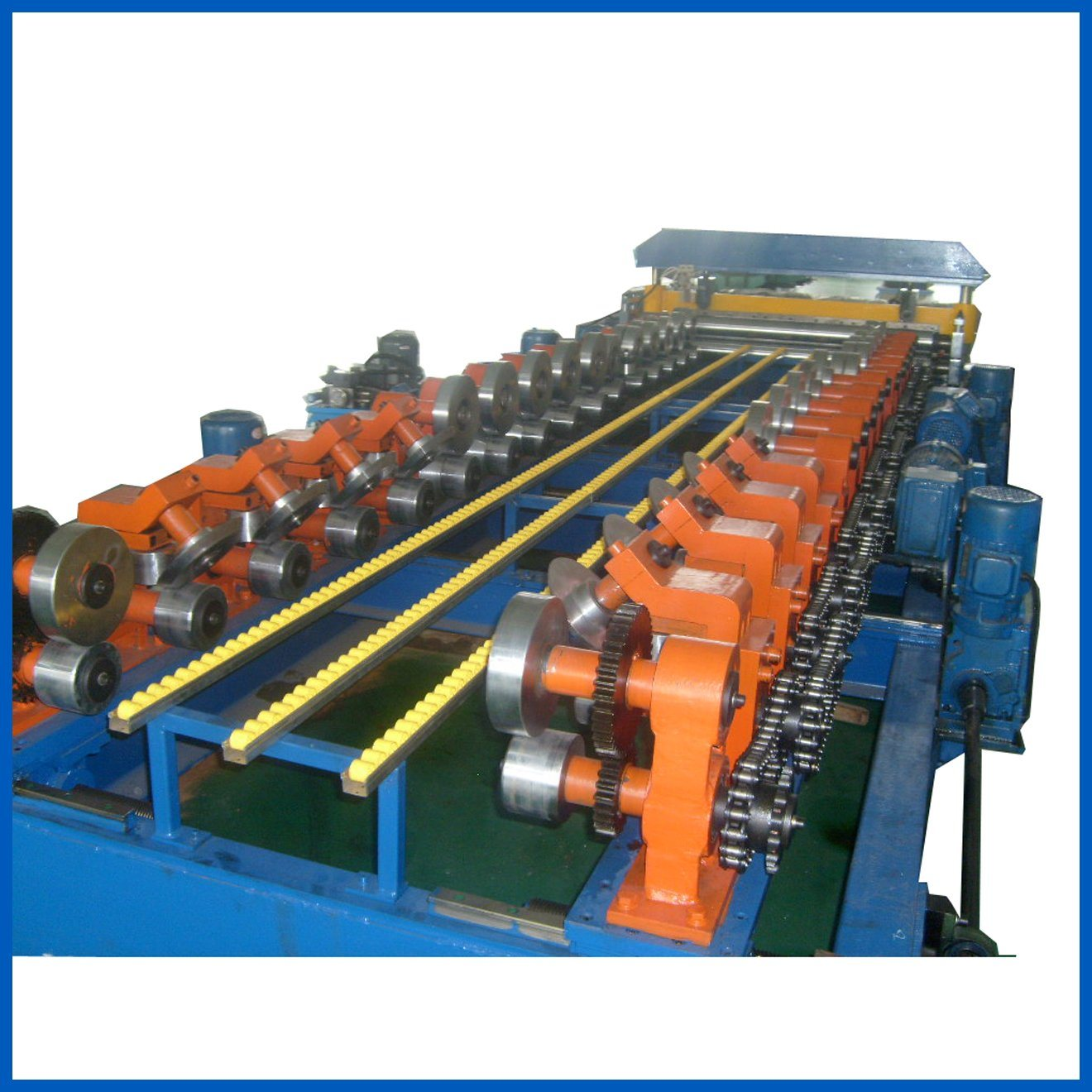 Highway Guardrail Roll Forming Machine Production Line