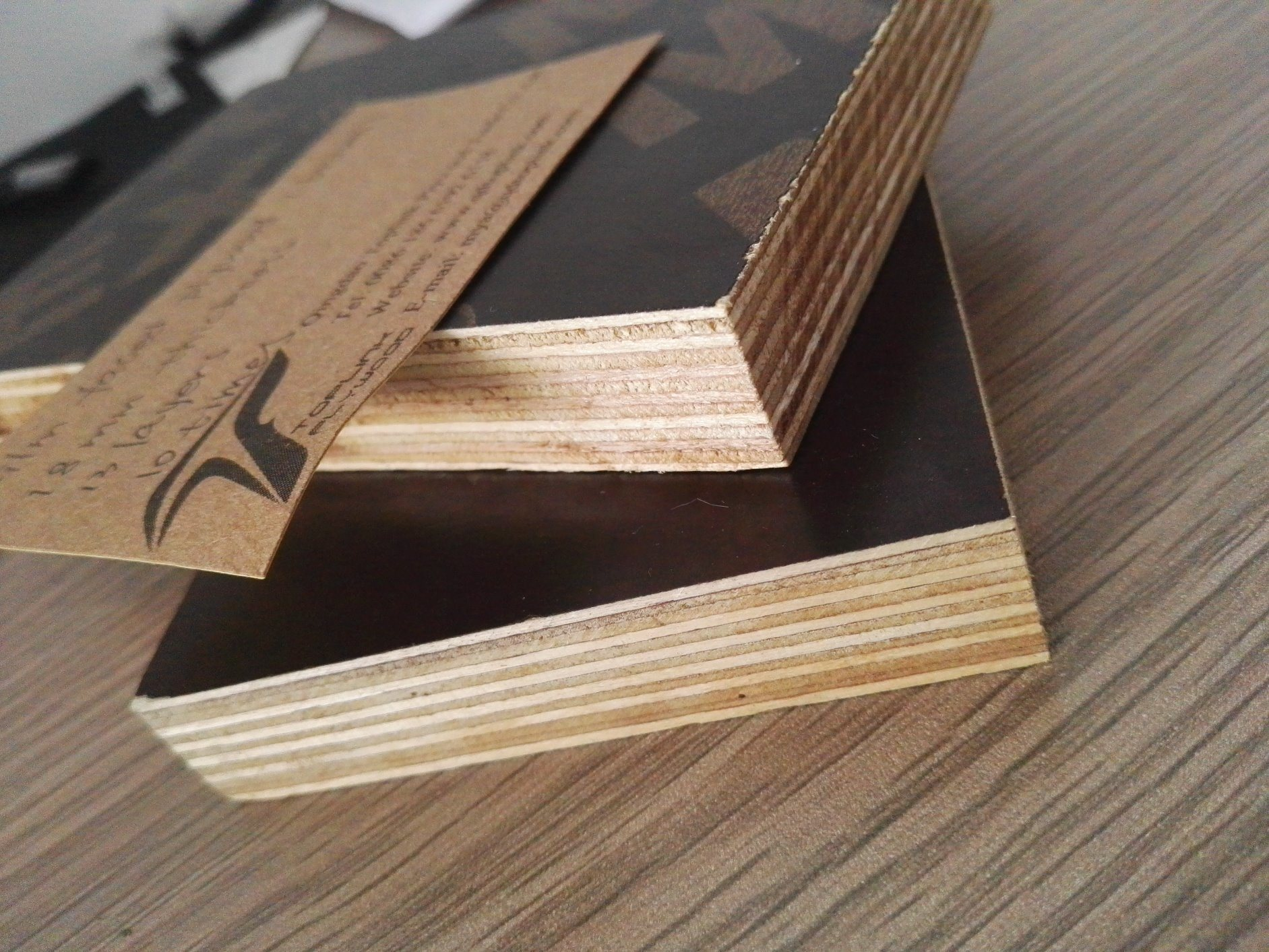 18mm Cheap Brown and Black Film Faced Shuttering Plywood for Construction From Linyi