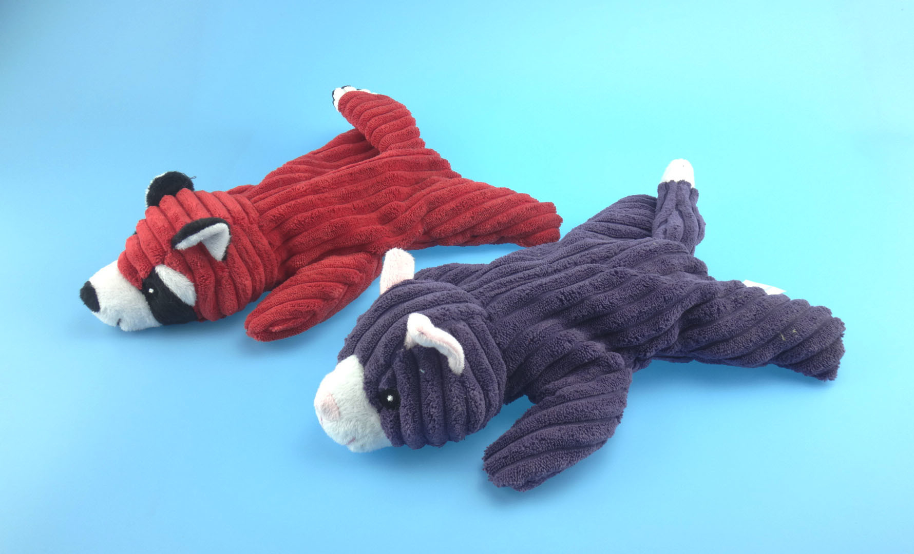 Non-Filled Skunk Toy for Pets Biting with Four Colors
