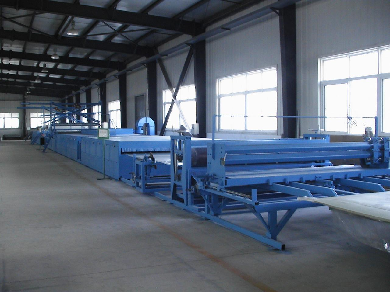 Qinhuangdao Lanrui FRP Sheet Making Machine (LR-3700)