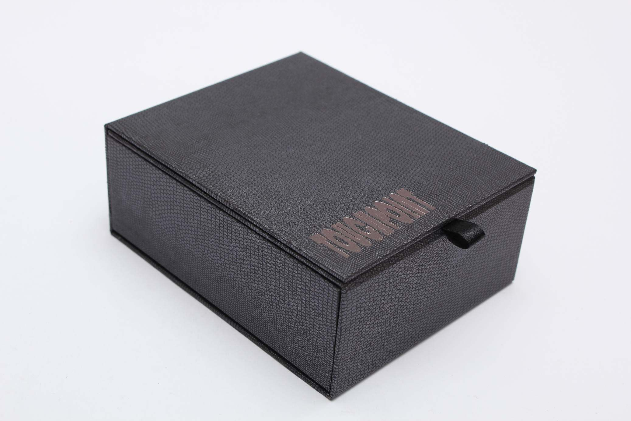 Luxury Packaging Box, Art Paper with Full Color Printing, Laminated ...