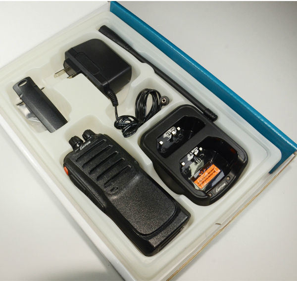Waterproof IP67 Dual Band Radio Handheld Transceiver Luiton Lt-558UV