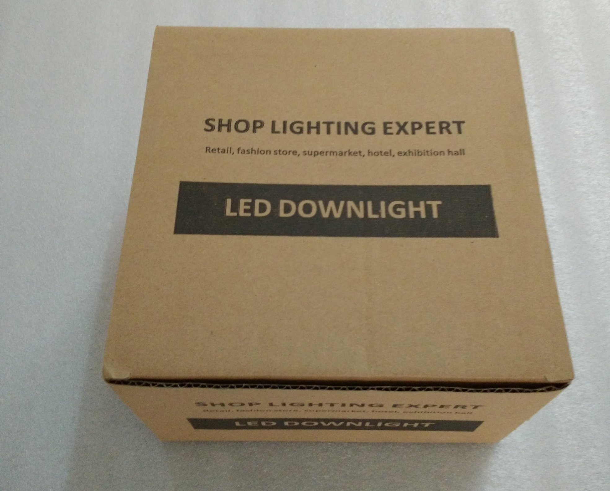Ce RoHS 15W CREE COB LED Downlight for Commercial Lighting