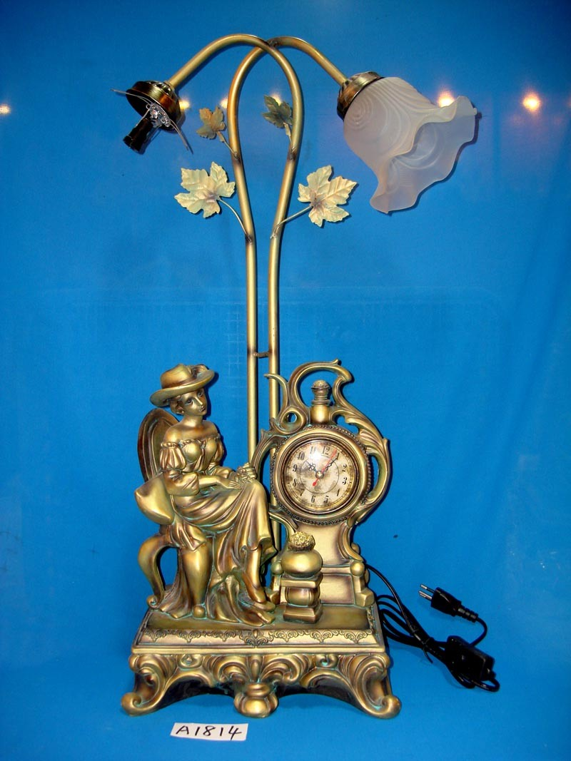 Antique Clock and Lamp with Resin Base for Home/Hotel Decoration